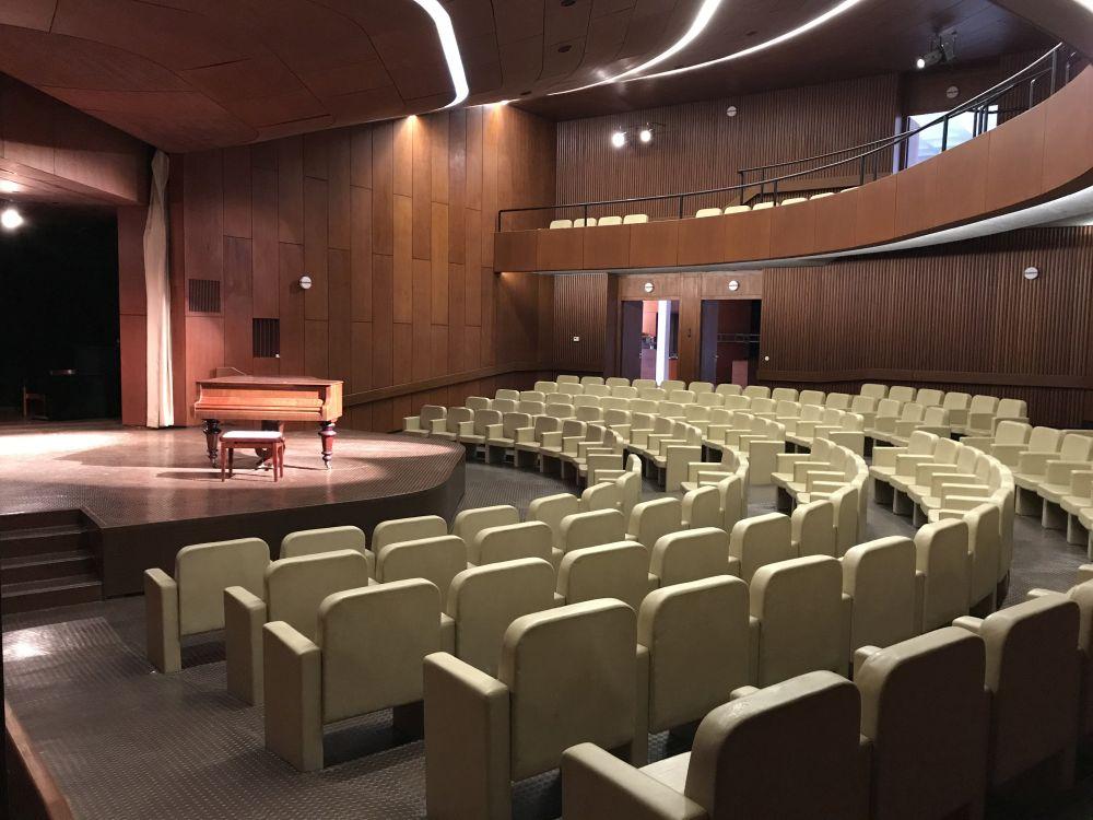 Festsaal_Publikumhell